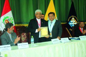 Autorizan Escuela de Postgrado en Universidad Católica de Trujillo
