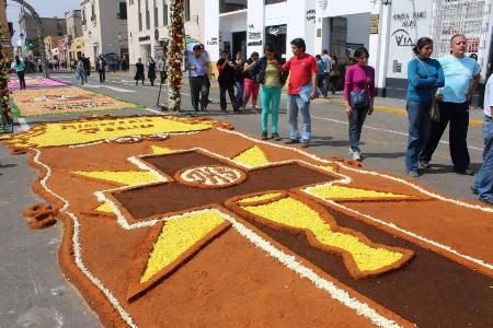 Preciosas alfombras por Corpus Christi