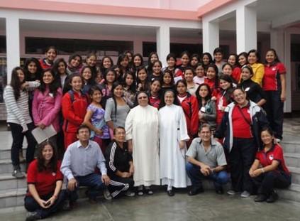 Dominicas en la educación para conducir al encuentro con Jesucristo