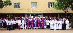 120 futuros sacerdotes se preparan en Seminario San Carlos y San Marcelo