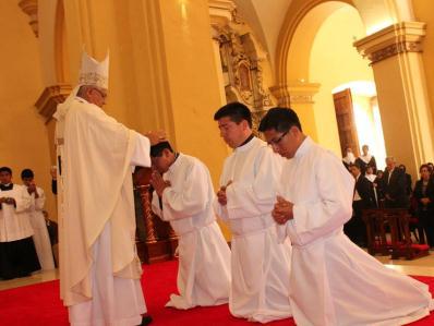 Serán ordenados tres nuevos sacerdotes y 9 diáconos