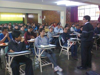ODEC Trujillo visita a profesores de educación religiosa