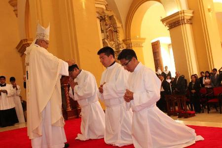 El Diaconado, signo del servicio a la Iglesia