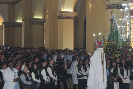 """Misa de Bienvenida a la """"Mamita"""" de Otuzco en Catedral"""