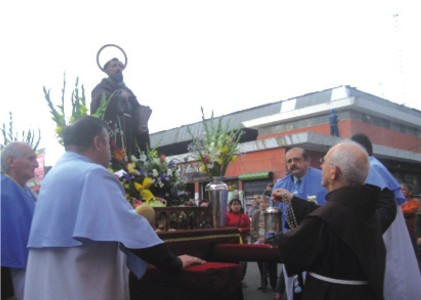 Fiestra franciscana en San Agustín