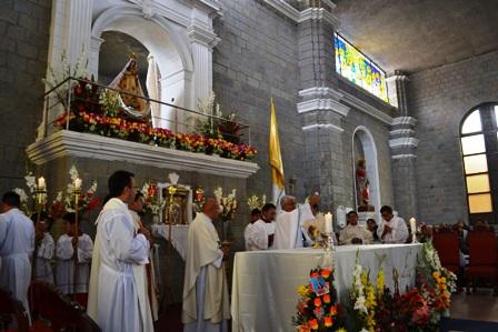 Arzobispo celebró Misa de Fiesta de la Virgen de la Puerta
