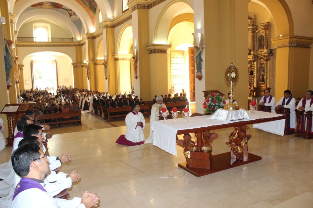 Iglesia trujillana inició las 24 horas de oración para el  Señor
