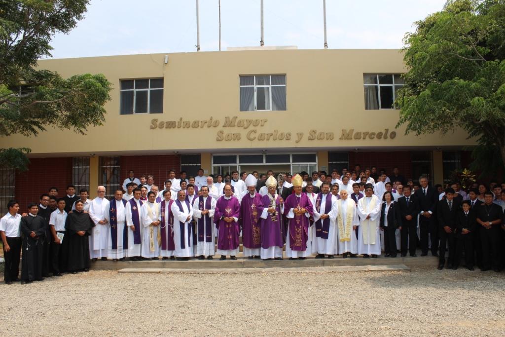 Arzobispo pide formar la actitud interior de seminaristas