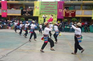 Concurso interescolar de danzas y estampas folclóricas