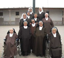 El amor de las carmelitas  por la Virgen del Carmen