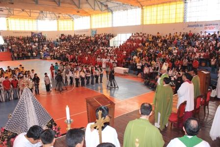 Miles de jóvenes se reunieron  en encuentro arquidiocesano