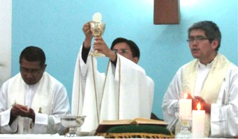Primer año de sacerdocio del padre Ricardo Cornejo
