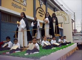 Desfile escolar dominicano