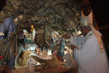 """Arzobispo: """"El mejor regalo que Dios ha hecho a la humanidad es Jesús"""""""