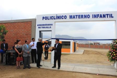 Alto Trujillo: Arzobispo bendice cerco perimétrico de Policlínico Materno Infantil Virgen de las Cruces