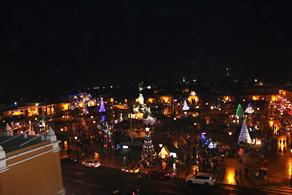 Se encendieron las Luces y Colores y en la Plaza de Armas de Trujillo