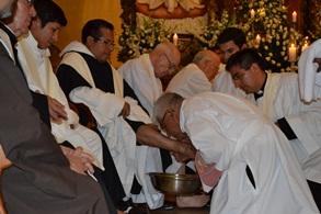 Jueves Santo: Arzobispo lavará los pies a 12 jóvenes y recorrerá las 7 iglesias