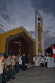 """Arzobispo consagró el templo """"María Auxiliadora"""""""