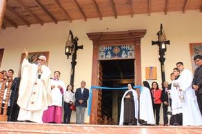 Mons. Miguel Cabrejos bendijo renovada capilla Arzobispal, durante su 17 aniversario al frente de la Arquidiócesis
