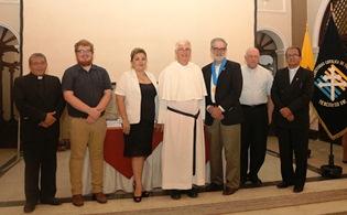UCT Benedicto XVI firma convenio con  Universidad de EE.UU.
