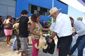 entrega donacion rio seco pollos