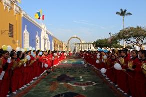 Plaza de Armas: 20 arcos y 37 alfombras ambientarán celebración del Corpus Christi Arquidiocesano