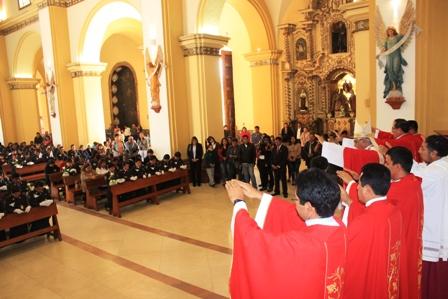 Familia Policial se Confirmó en la Catedral