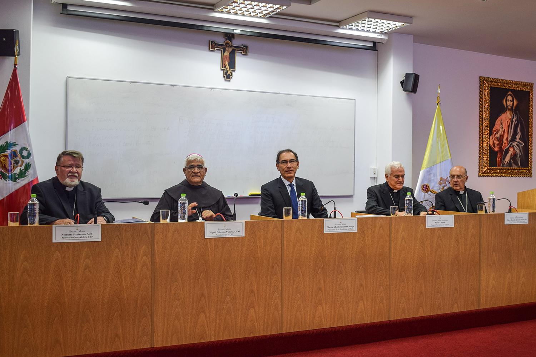 Visita del presidente Vizcarra a la 113° Asamblea del Episcopado reafirma el espíritu de colaboración entre la Iglesia y el Estado