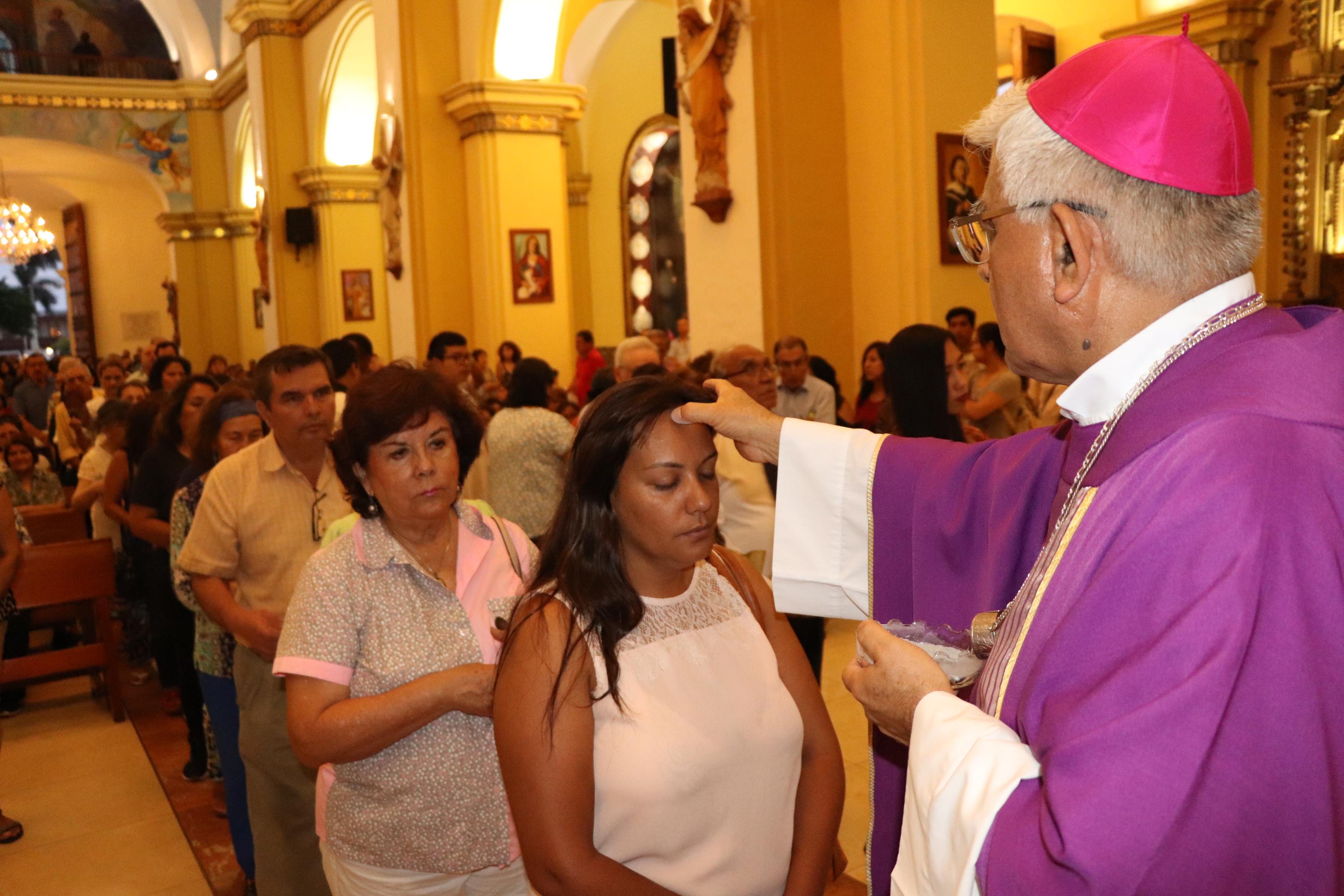 Trujillanos participaron en Celebración de Miércoles de Ceniza