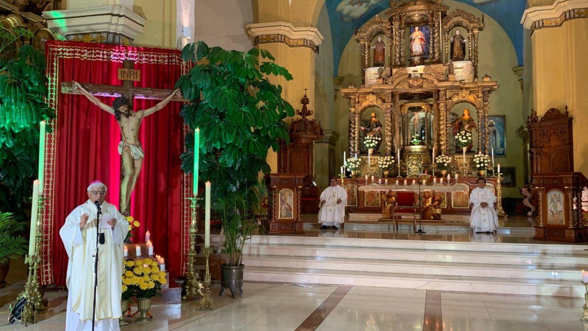 """Coronavirus: Arzobispo pide que aparezca la """"perla de luz"""" dirigida y enviada por Dios y su Santísima Madre"""