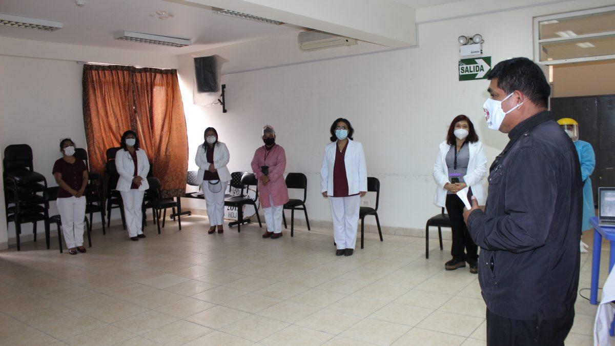 Día de la Enfermera: Iglesia lleva soporte espiritual a enfermeros y obstetras