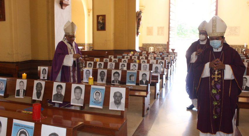 Cuaresma inicia con homenaje a los 427 médicos y enfermeros del Perú fallecidos por COVID-19