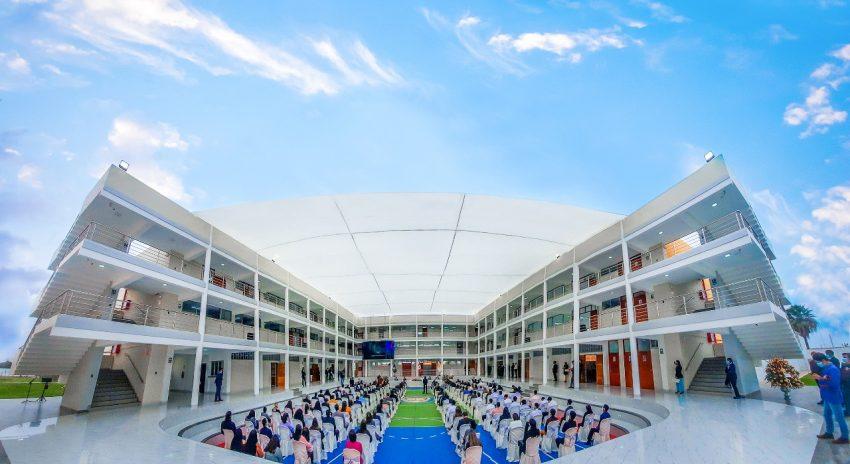 UCT inaugura amplio y moderno complejo educativo con aulas equipadas